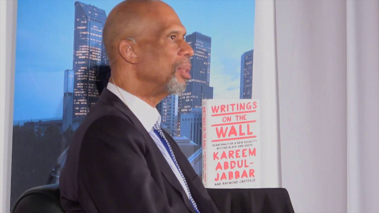 Kareem Abdul-Jabbar with Art Thiel: Writings on the Wall